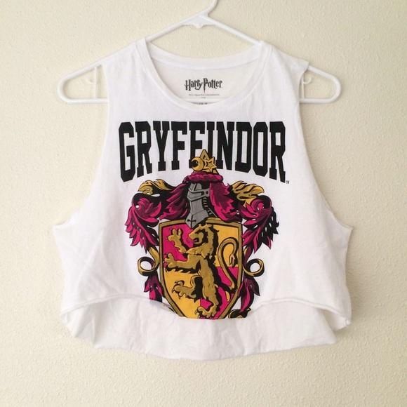 798714ab1d634b Forever 21 Tops - Harry Potter Gryffindor Crop Top
