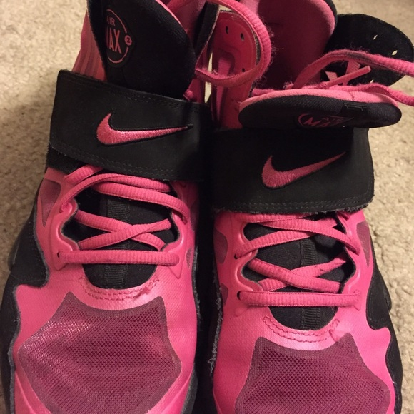 pink and black nike air max express release