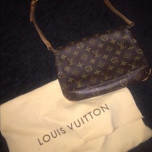 Louis Vuitton Musette Tango Monogram Bag