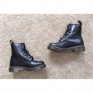 Dr. Martens Shoes - Dr Marten Black Boots