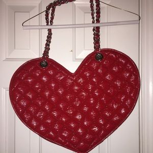 Best prices on Bebe heart tote bag purse in Handbags & Totes online. Visit Bizrate to find the best deals on top brands. Read reviews on Clothing & Accessories merchants and buy with confidence.