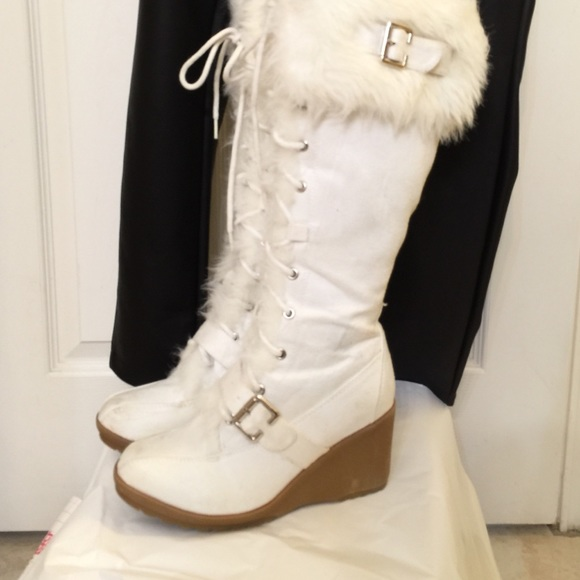 915018fac53 Breckelles Shoes - Breckelle s white suede fur-trimmed wedge boots