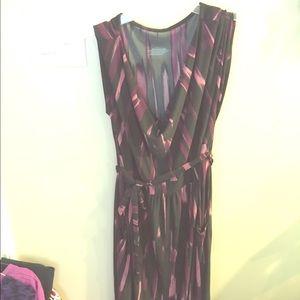 Liz Lange maternity dress, l