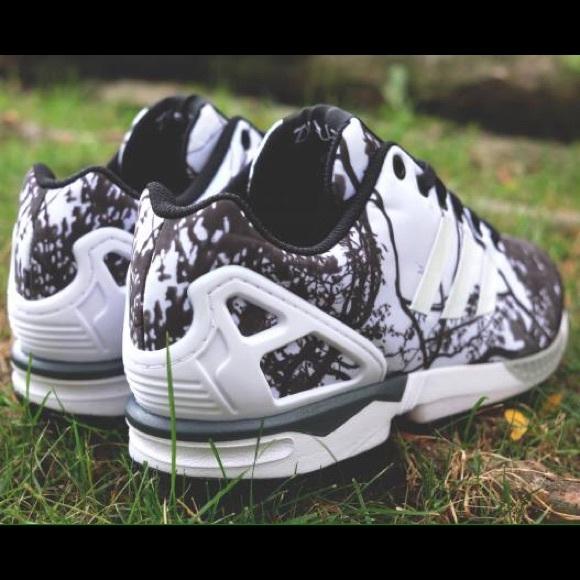 Adidas Zx Flux Kvinne Sort Og Gull De Perfekte Skoene zp70sXiohj