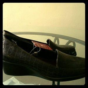 71 Off Studio Flexx Shoes Studio Flexx Zucchero Skimmer
