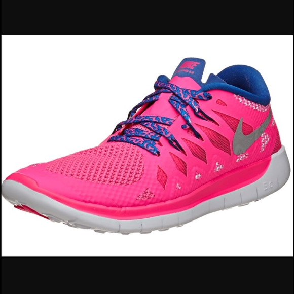 Nike Free 5.0 pink running shoes size 6 youth kids