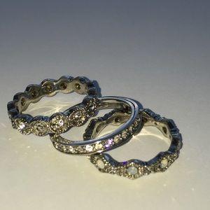 🎈Heirloom Crystal Stackable Rings