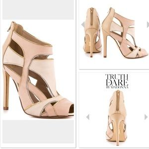 🎉HP🎉 x2 Truth or dare by Madonna two tone sandal