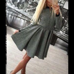 Boutique Dresses & Skirts - 🎉HP🎉zippered dress!