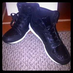 Black glitter sneakers. Size 8.5 never worn.