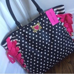 saleNWT amazing Betsey Johnson tote