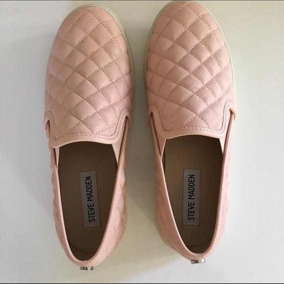 d51423d11095 ... light pink Steve Madden ecentrcq. M 563a06fa87dea0b28b034193