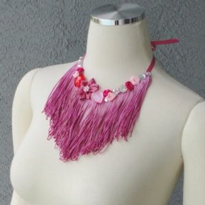 Jewelry - Pink fringe necklace