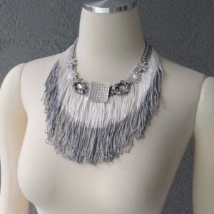 Jewelry - Silver and white fringe necklace
