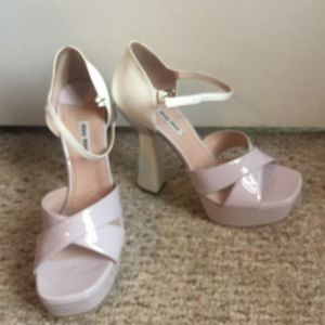 NWT - Miu Miu  platform pumps! Lilac and cream