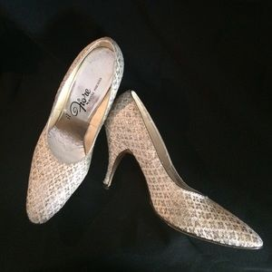 Vintage Fiore Silver and Champagne Pumps