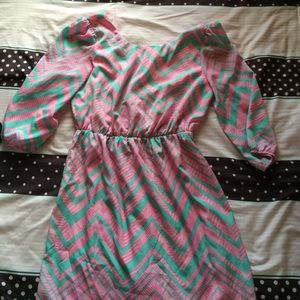 Dresses & Skirts - Hello Miss chevron dress