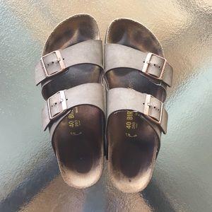 Birkenstock Arizona Sandal Size 40 (8-8.5)