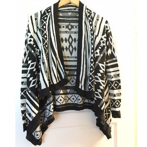 Sweaters - ❌SOLD ❌Tribal Cardigan