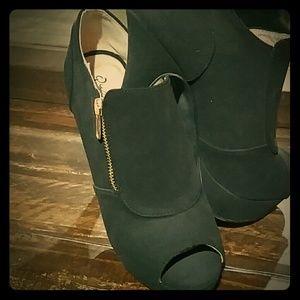 Peep toe booties. Black with gold zipper.