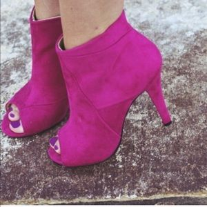 Shoe Dazzle Shoes - Reserved, pink booties
