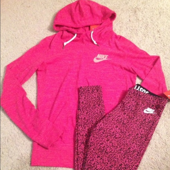 54 off nike sweaters pink nike pullover leggings bundled from ally 39 s closet on poshmark. Black Bedroom Furniture Sets. Home Design Ideas