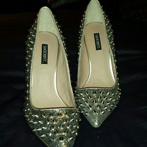 Stunning Shoemint Studded Shoes