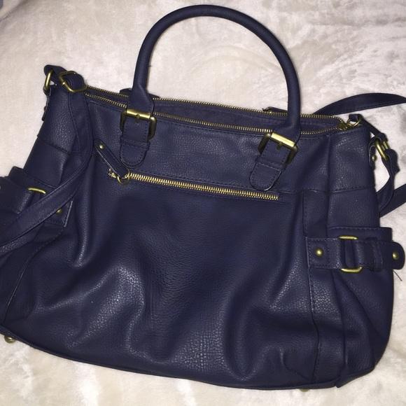 77be9227cc07 Navy Blue Merona purse. M 563aeec28e1c611f2f0032b5