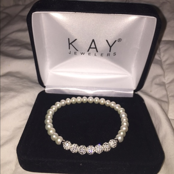 18% off Kay Jewelers Jewelry Kay Jeweler s cultured pearl and crystals