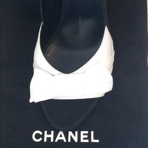 Chanel $875 Patent Leather Woven Heels U.S Size 10