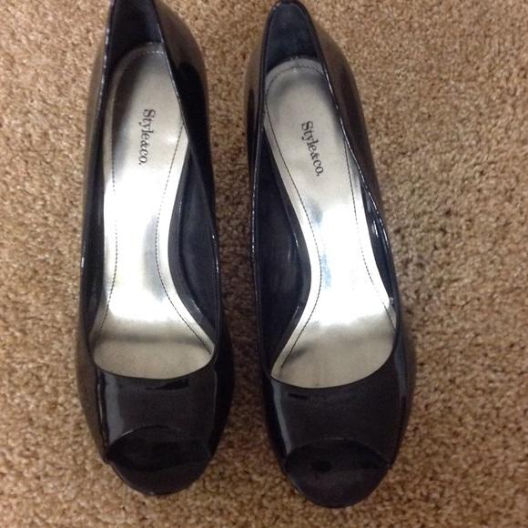85 style co shoes black peek a boo toe shoe from
