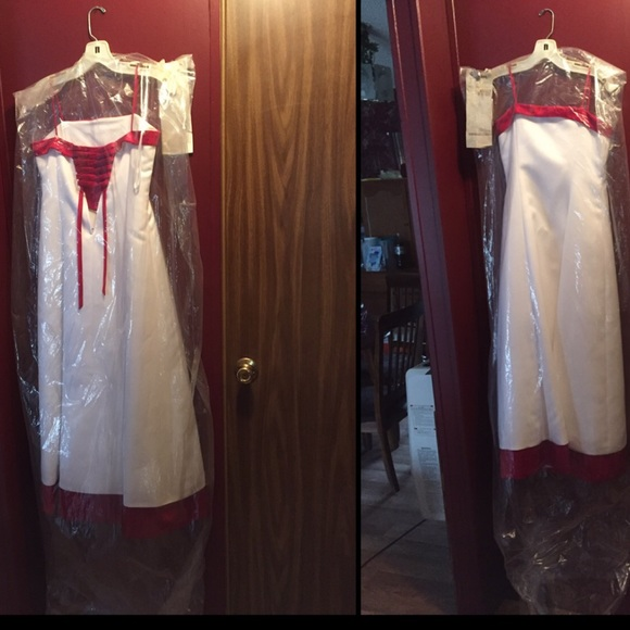 60 off david 39 s bridal dresses skirts this was a dress for Pre worn wedding dresses
