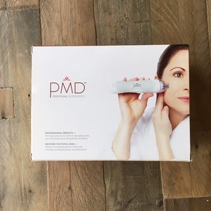 PMD Personal Microderm Device Kit *NEW*