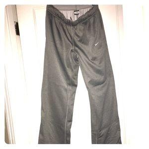 Nike Therma Ajuste Pantalones De Deporte Mujeres De Los Hombres NJMTkMN