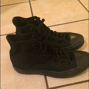 Black Converse Womens Size 9