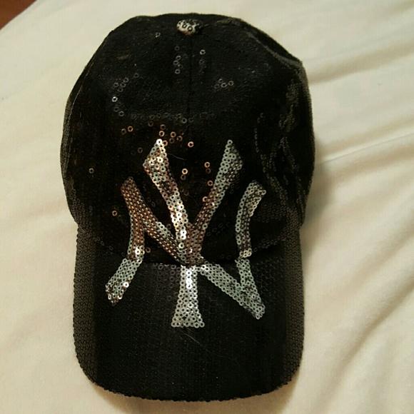dfcd87d1a91 New York Yankees Sequin baseball hat