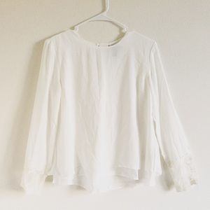 Chiffon blouse with lace sleeves