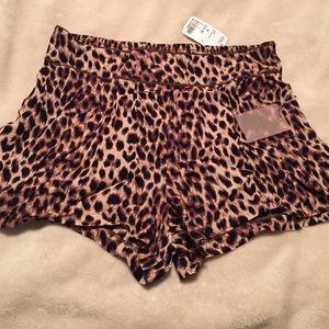 Leopard dressy shorts