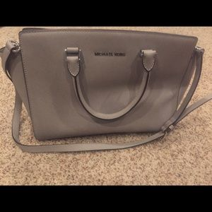 Michael Kors Handbags - Michael Kors Selma