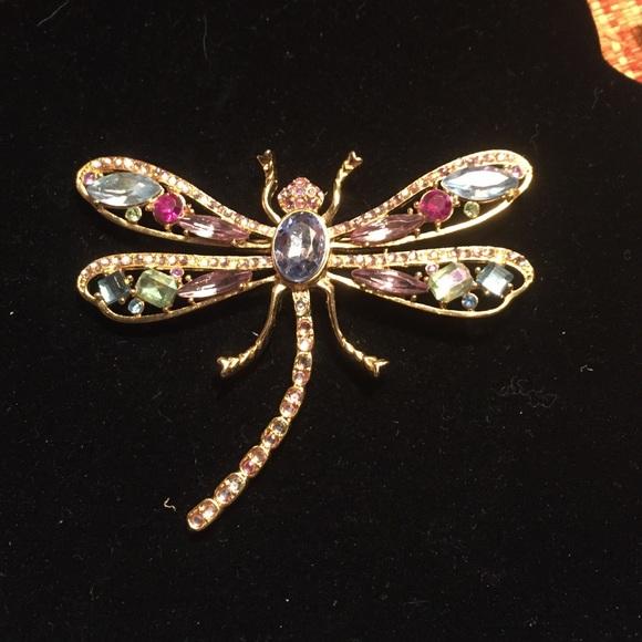 Large gold metal dragonfly pin