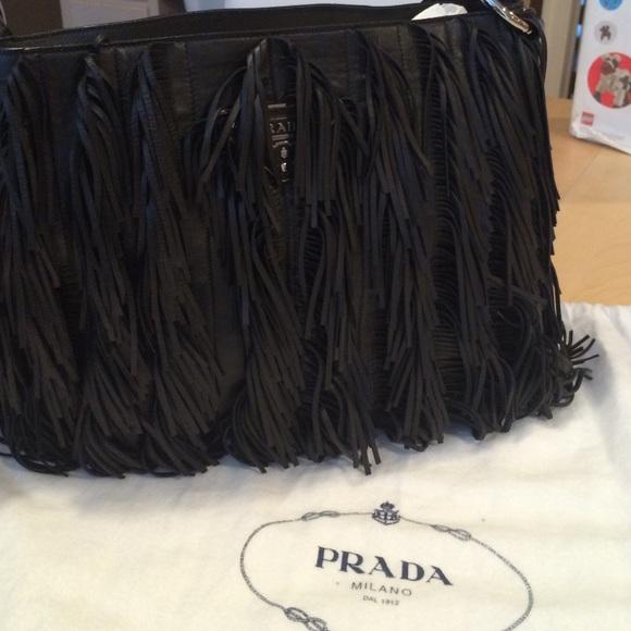 41dd4dda799102 Prada fringe bag. M_563c9bf401985e9881006cac