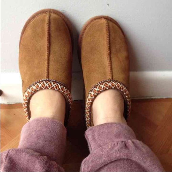 280130cb3fb UGG Tasman Slippers