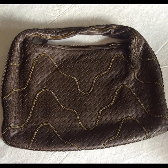 4054b2ca9fd98 Bottega Veneta Handbags - Bottega veneta bag limited edition with chain