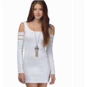 NWT WHITE BODYCON DRESS