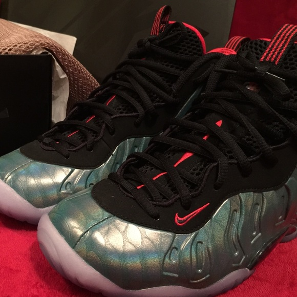 88 off nike shoes nike gone fishing foam posite one for Fish nike shoes