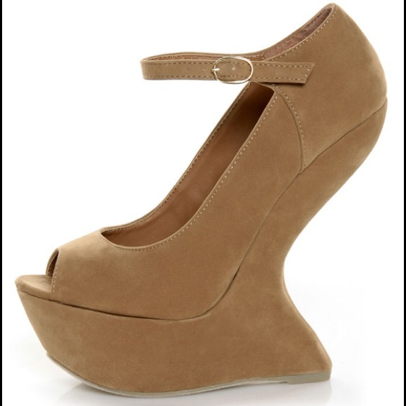 Curved Wedge Heels For Cheap