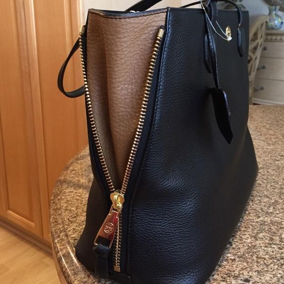 16 Off Tory Burch Handbags 🆕tory Burch Leather Robinson