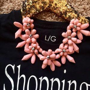 Jewelry - 🌸 Beautiful Statement Necklace 🌸
