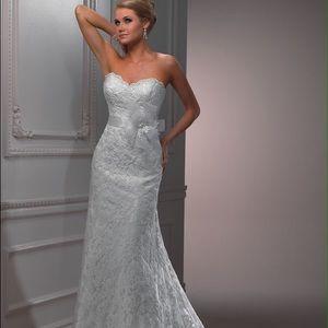 Maggie Sottero Lori Lace Wedding Dress! Brand New!