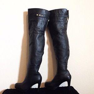 Kelsi Dagger Shoes - 💋SALE💋 Kelsi Dagger Leather Over The Knee Boot